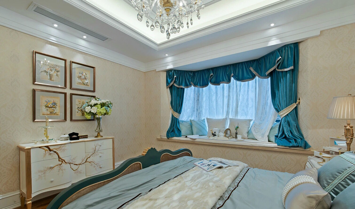 法式新古典别墅卧室飘窗装修效果图