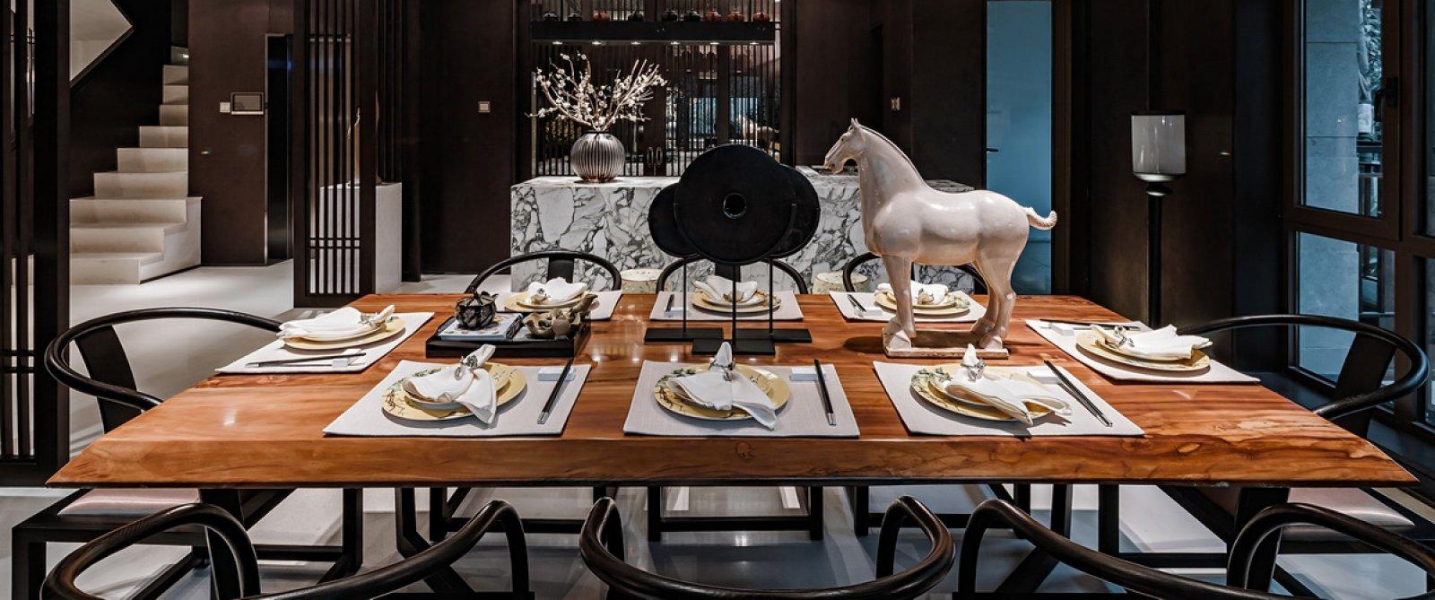 新中式别墅装修餐桌设计效果图