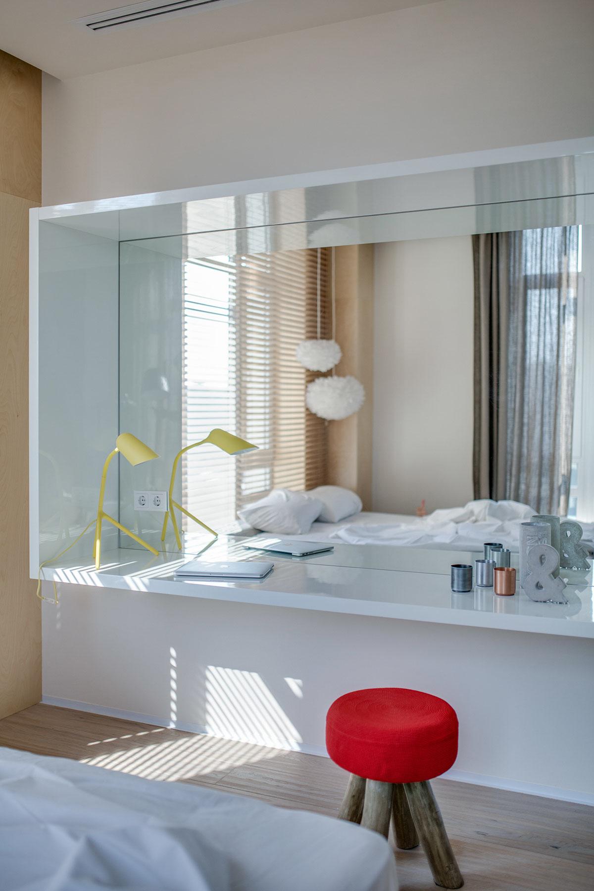 现代混搭公寓梳妆台装修效果图