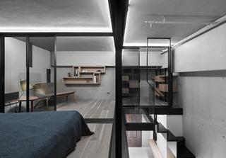 LOFT风格公寓楼梯空间装修效果图