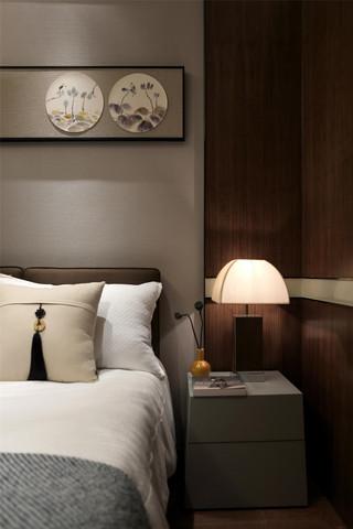 新中式二居室装修床头特写