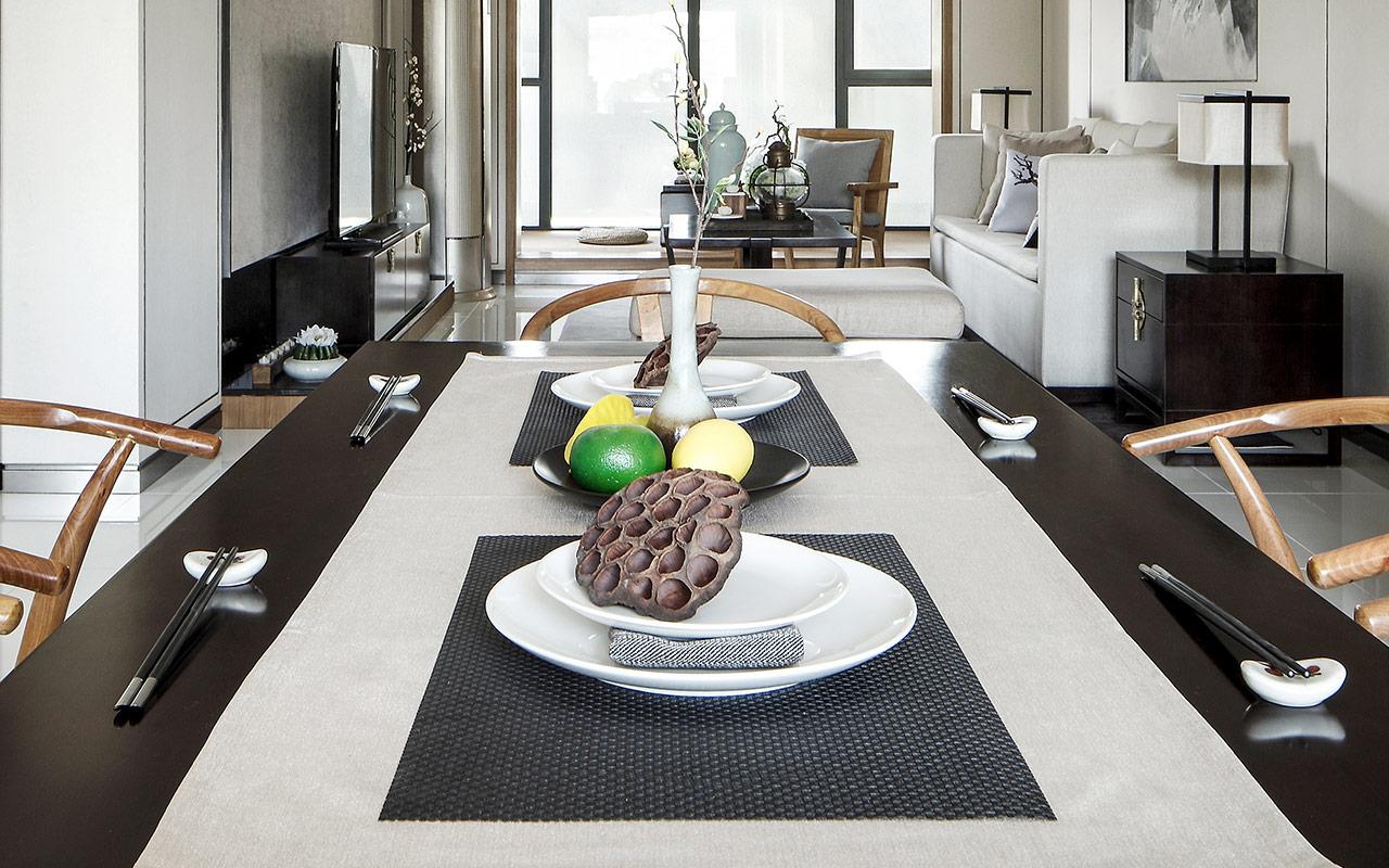 新中式风样板间装修餐桌布置图