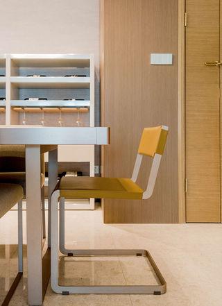 简约现代风格装修餐桌椅设计图