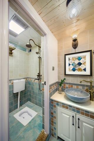 美式乡村风格两居卫生间装修效果图