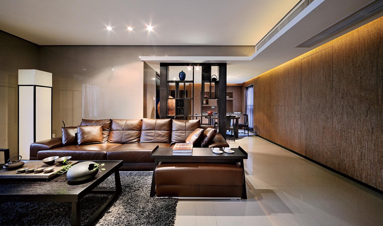 现代风格三居客厅过道装修效果图