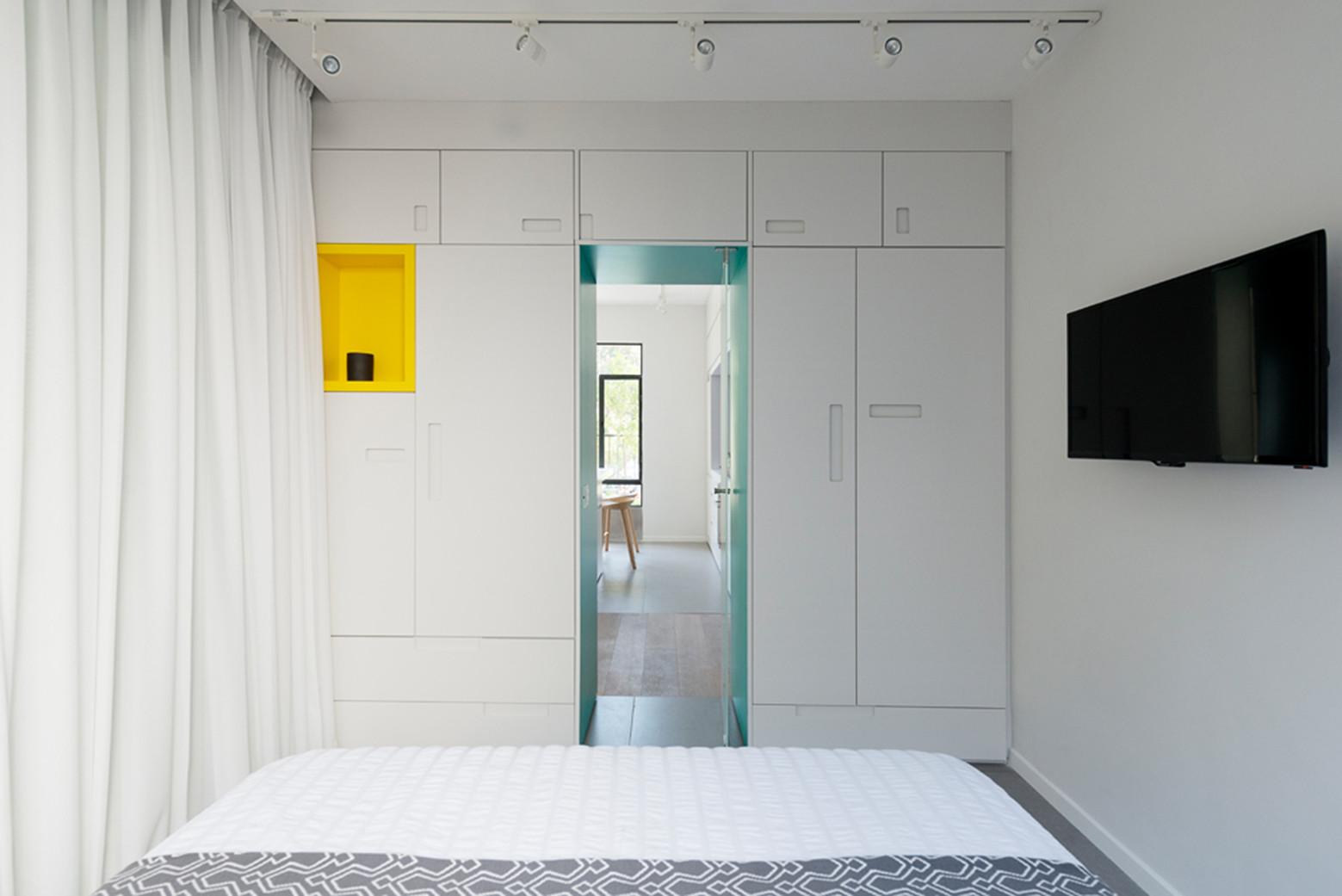 简约风格公寓卧室壁柜装修效果图