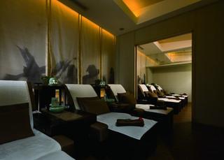 现代中式足浴店每日首存送20