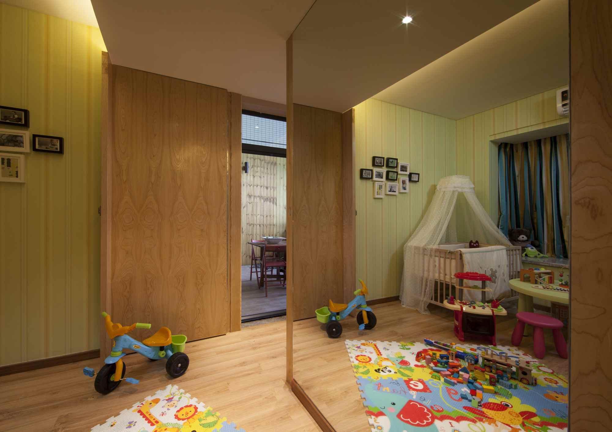 现代风三居室儿童房装修效果图