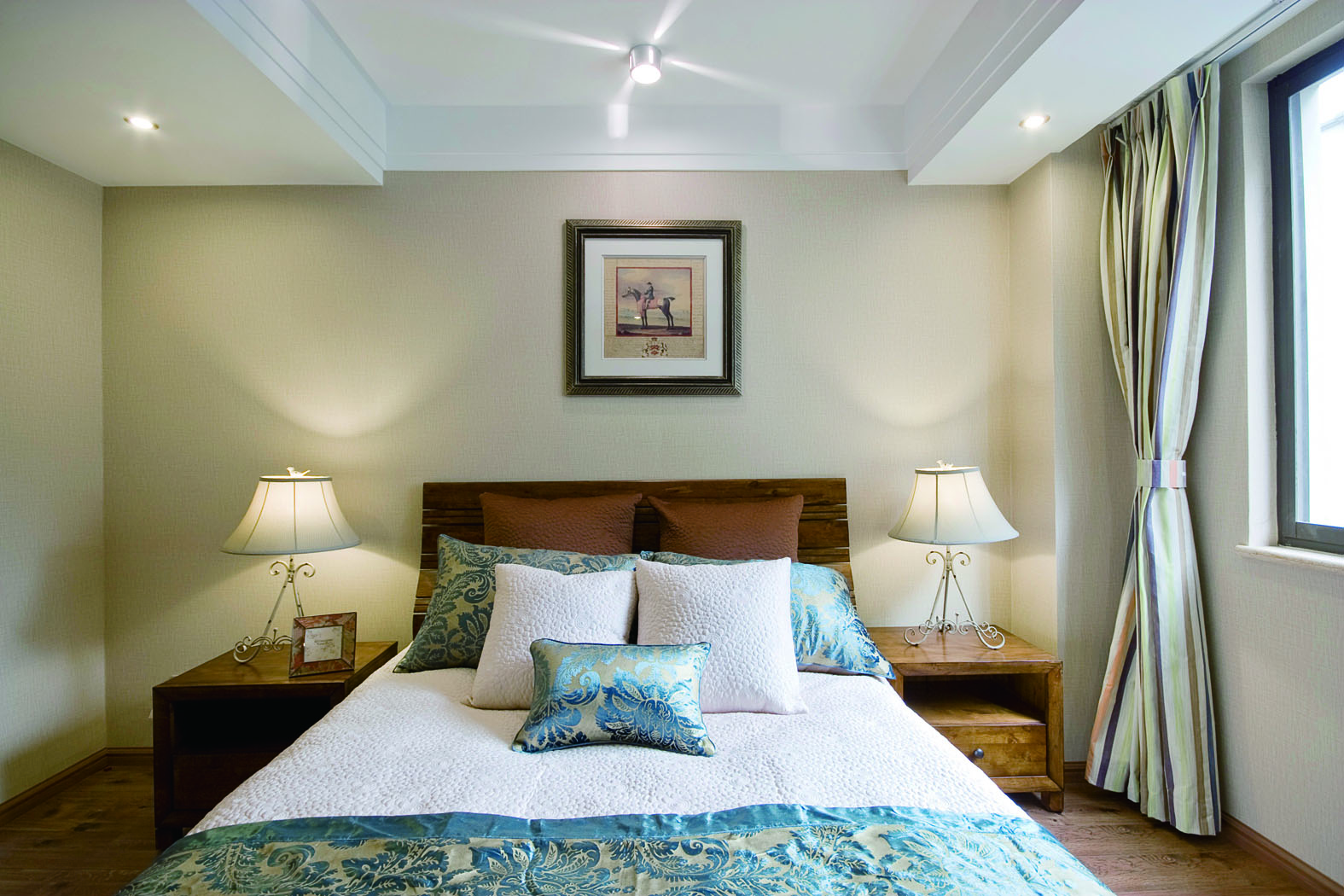 混搭风格二居卧室装修效果图
