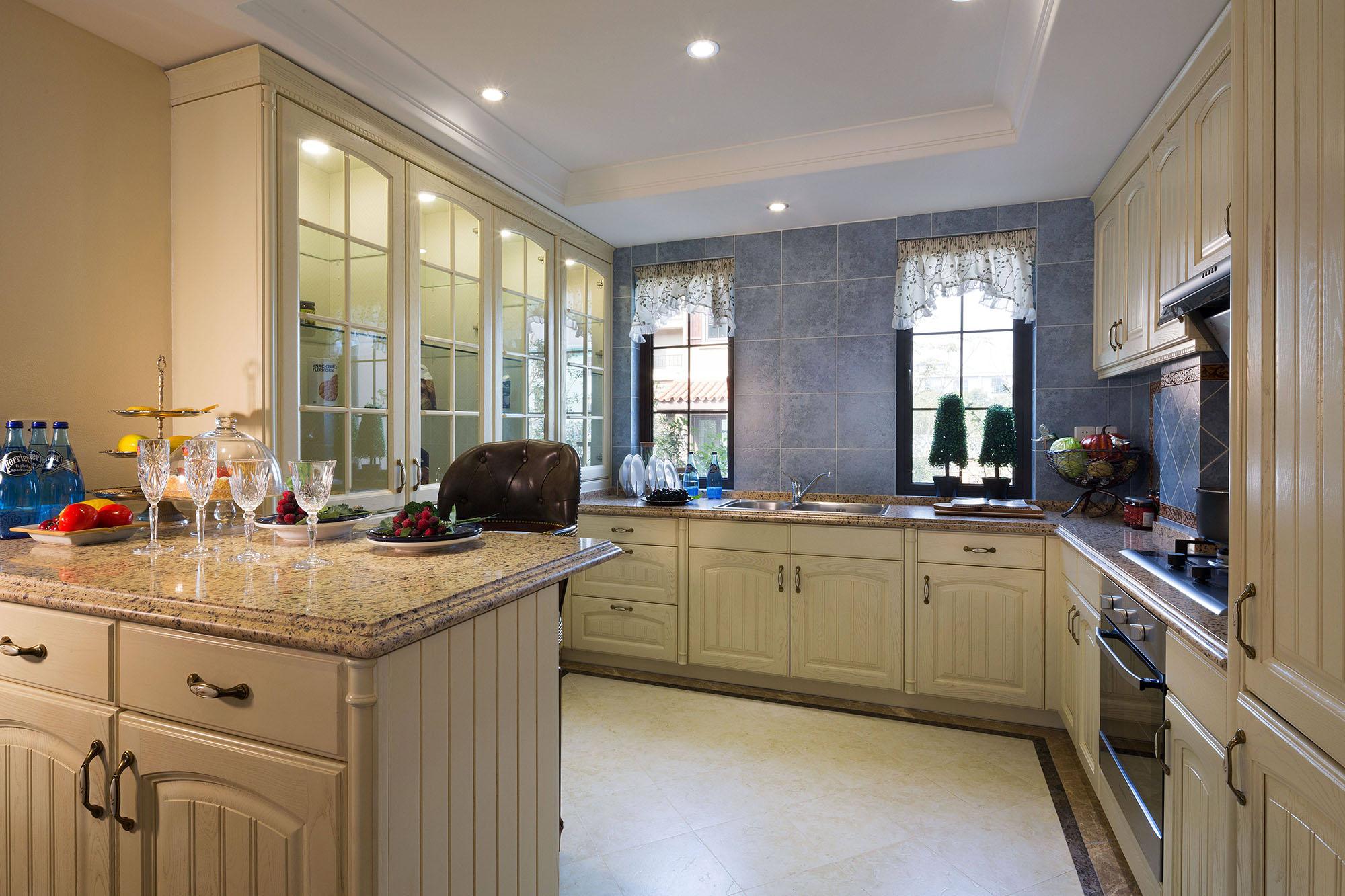 怀旧美式风格别墅厨房装修效果图