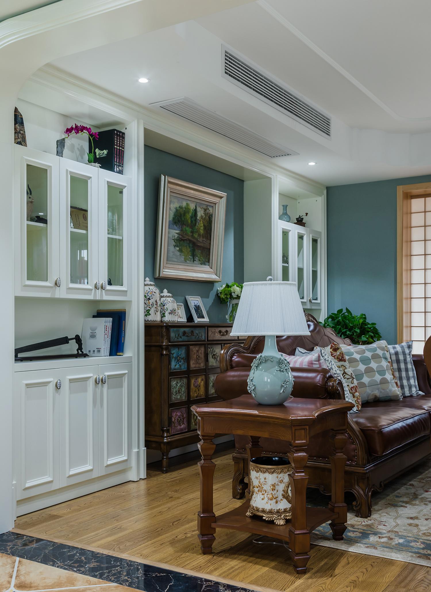 大户型经典美式风格收纳壁柜装修效果图