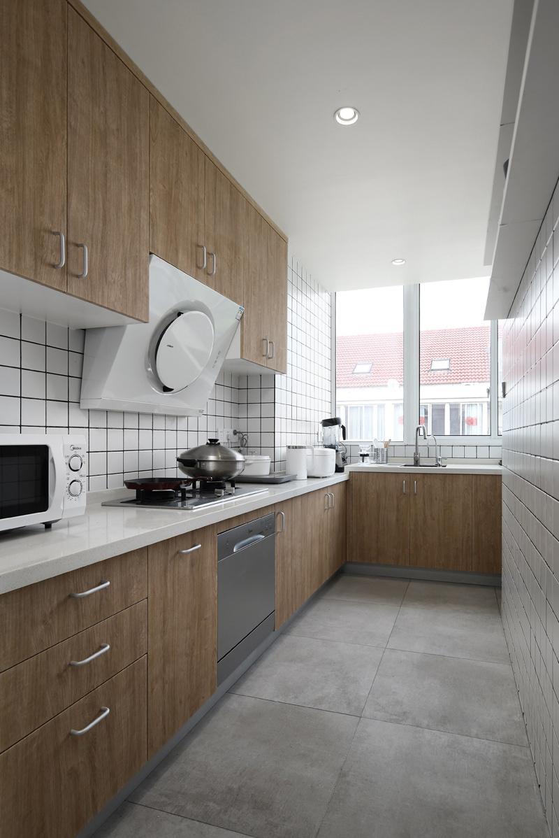 复式北欧风格厨房装修效果图