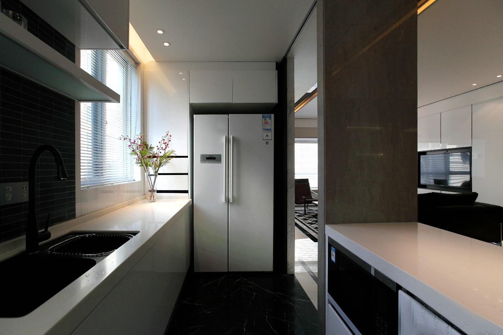 142㎡现代简约风格厨房装修效果图