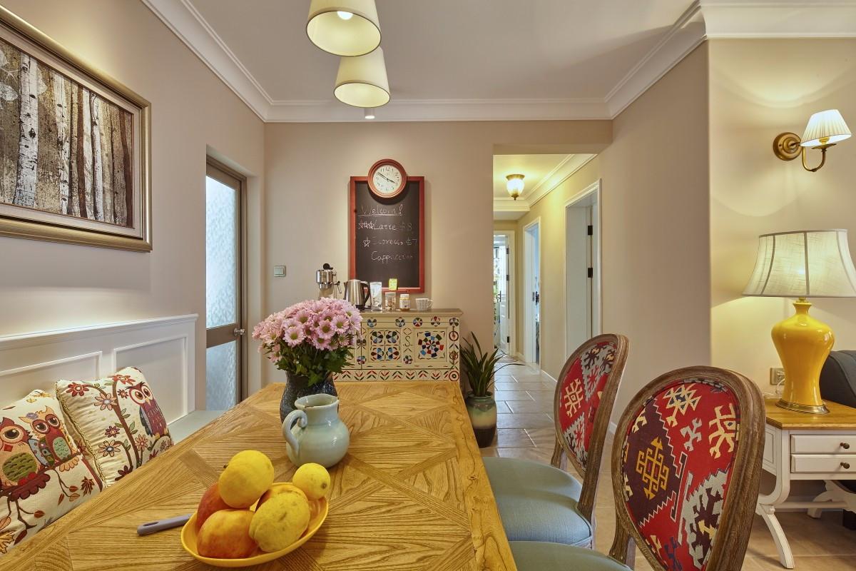 二居室简美风格餐厅装修效果图