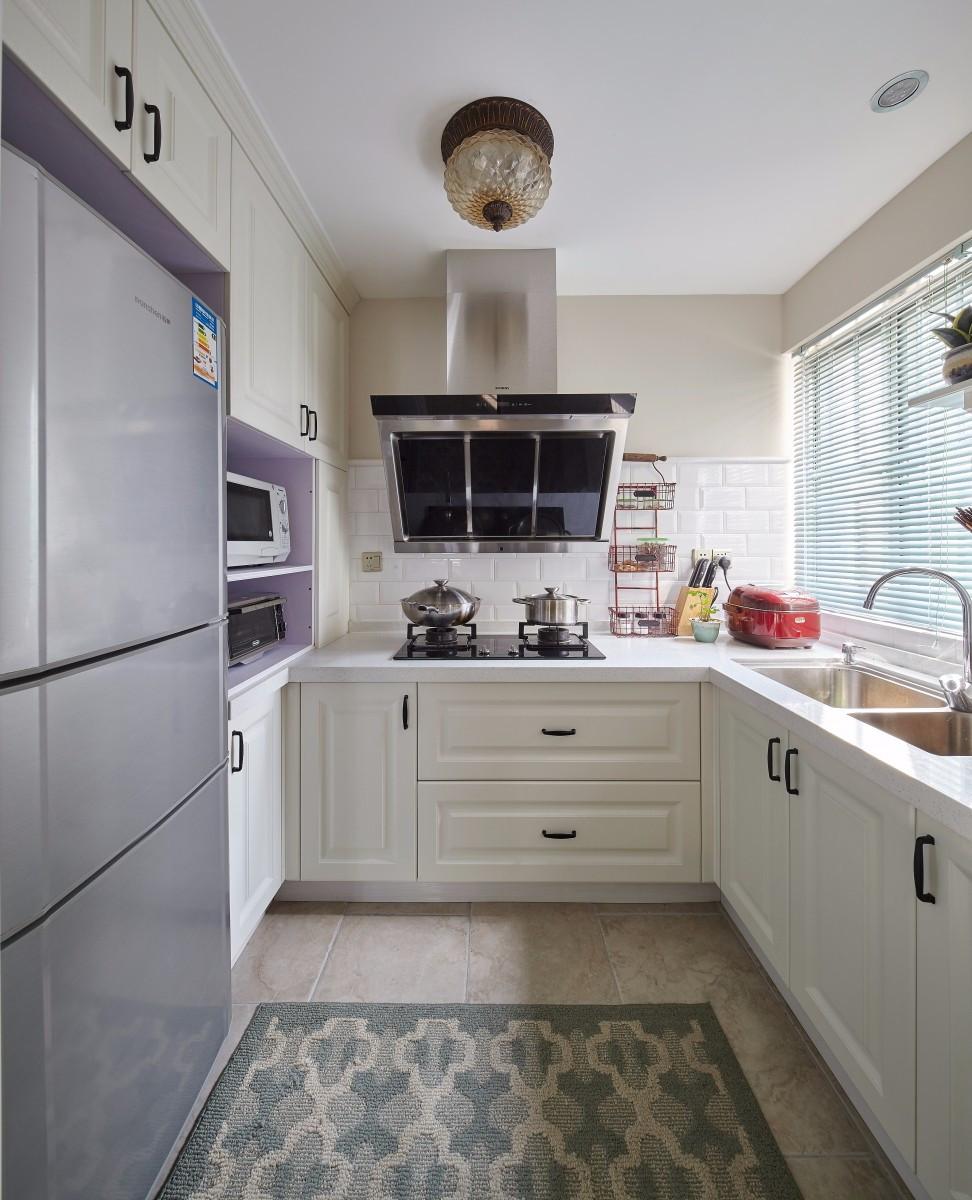 二居室简美风格厨房装修效果图