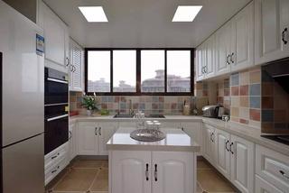 美式风格三居厨房装修效果图