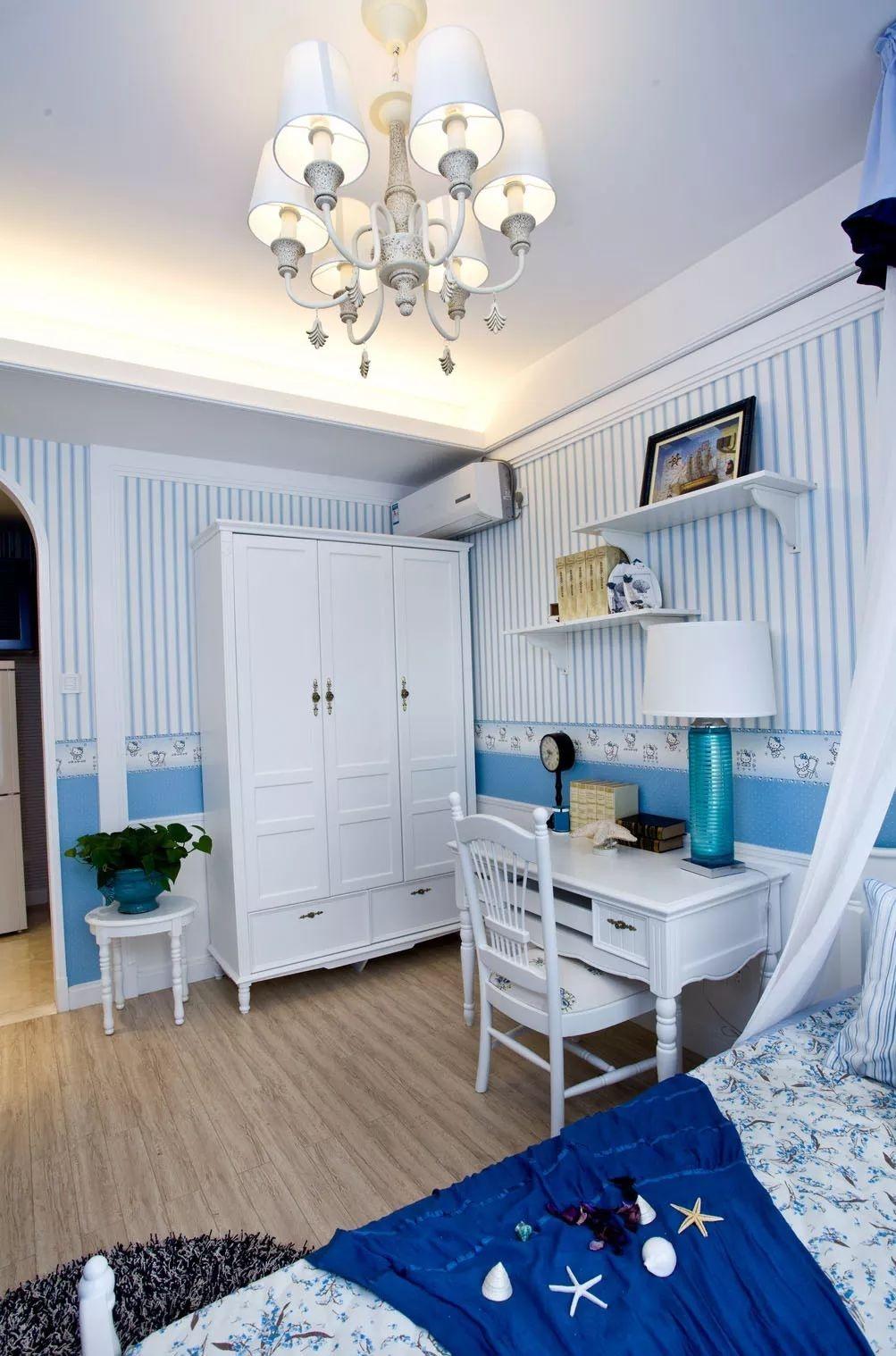 三居室地中海风格装修衣柜书桌设计