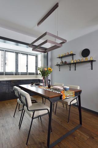 现代简约风格两居室餐厅装修设计图