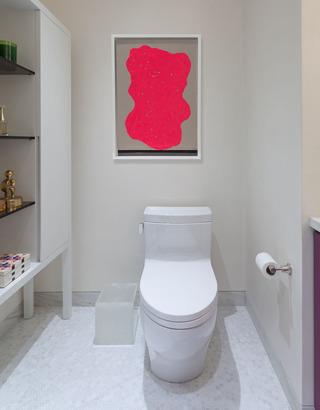 大户型轻奢公寓卫生间装修效果图