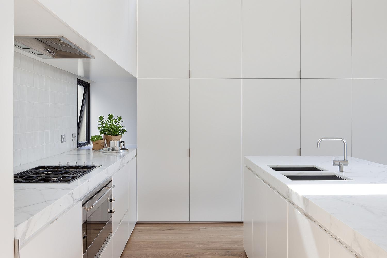 极简风格别墅厨房装修设计图