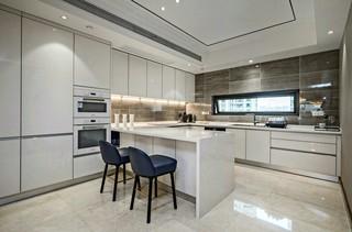 420㎡现代奢华别墅厨房装修效果图