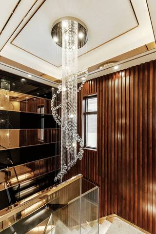 时尚混搭别墅样板间装修水晶吊灯设计图
