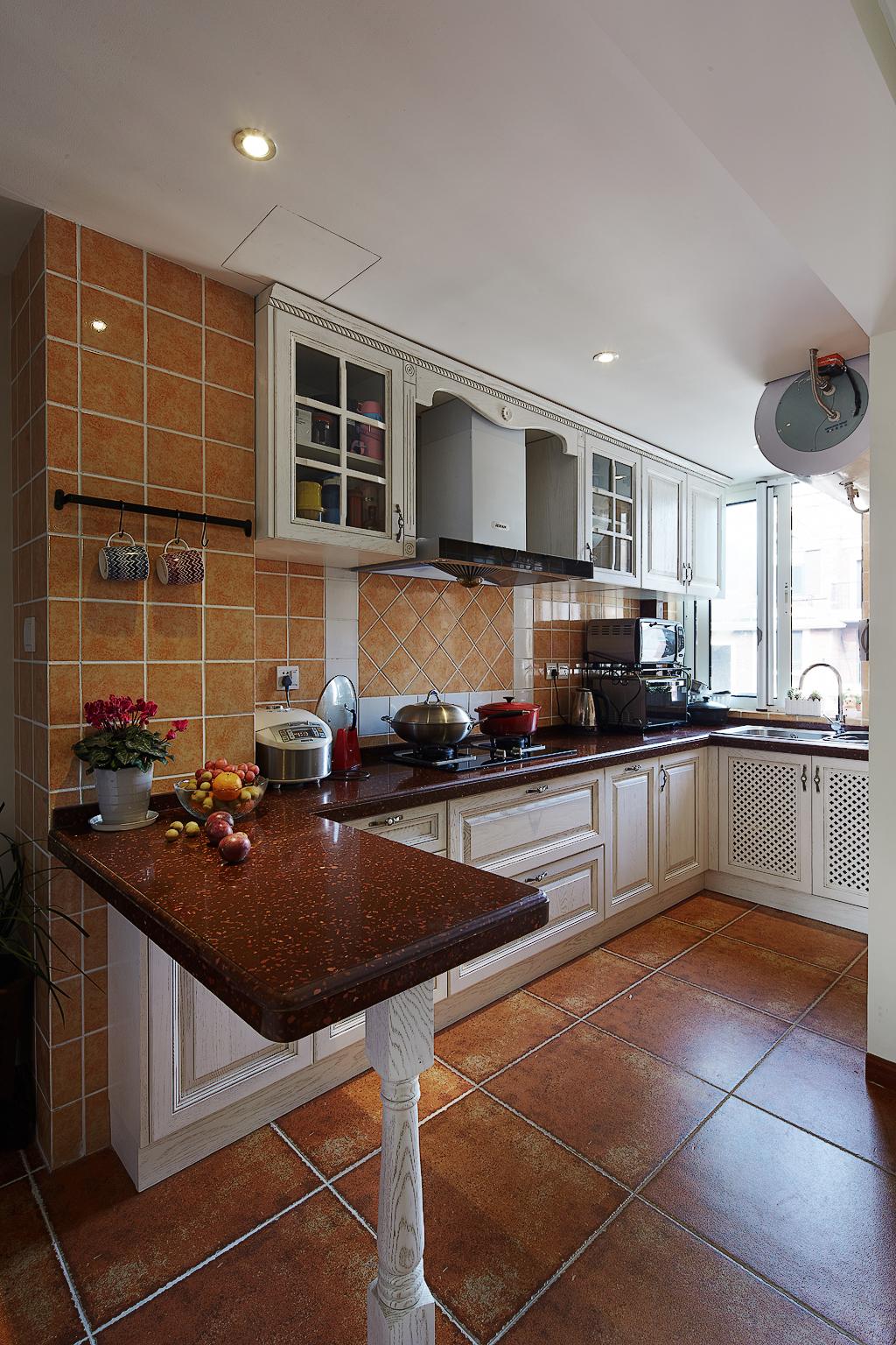 美式风格三居厨房装修设计图