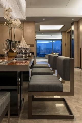 大户型后现代风格装修餐桌椅设计图