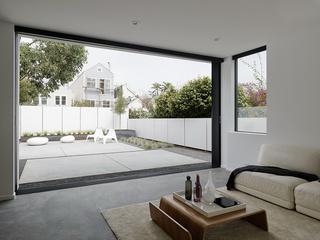 大户型极简风格庭院装修设计图