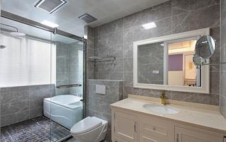 大户型法式风格卫生间装修设计图