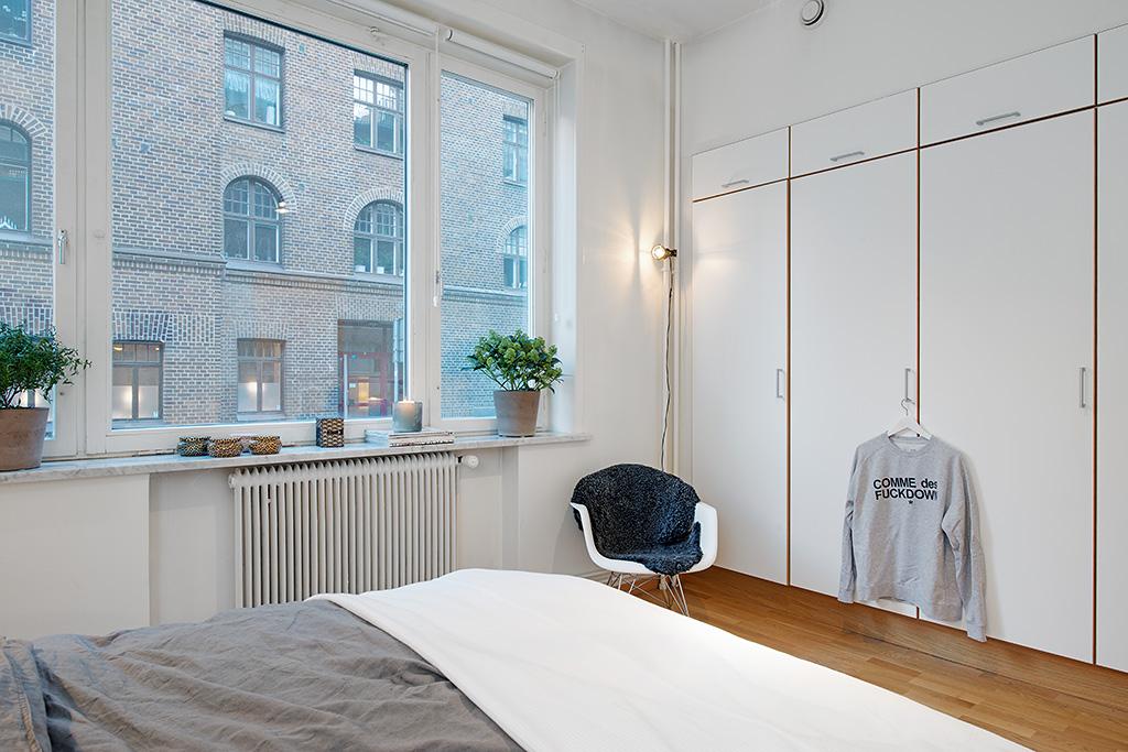 54㎡北欧风公寓卧室衣柜装修效果图