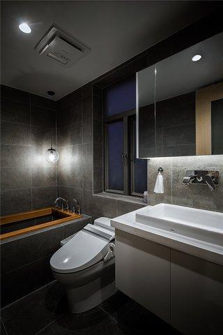 三居室日式风格卫生间装修效果图