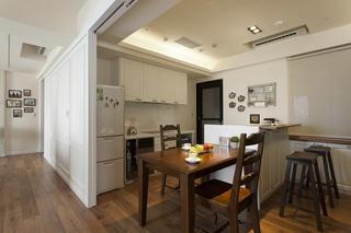 现代简约美式三居餐厅装修效果图