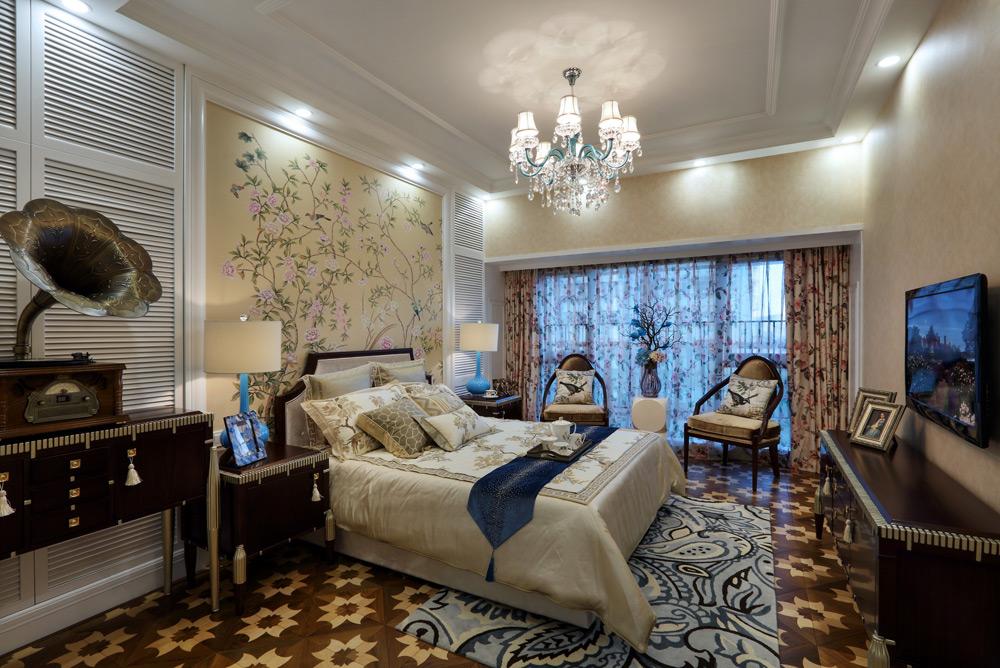英式田园风格四居卧室装修效果图