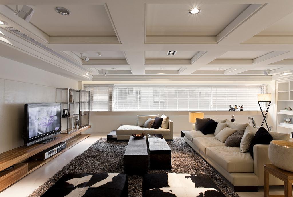 大户型现代简约客厅装修设计图