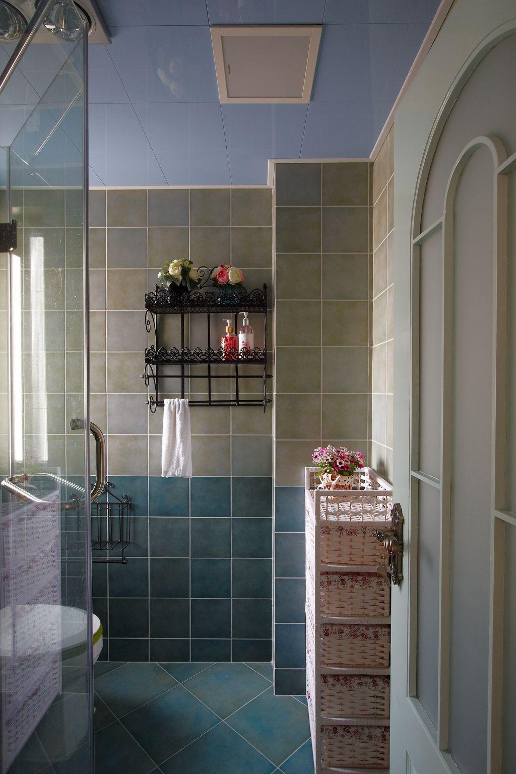两居室田园风格卫生间装修效果图