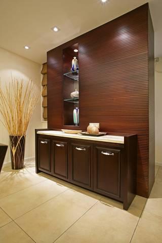 大户型新中式装修餐边柜设计图