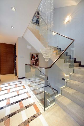 大户型混搭风格楼梯装修效果图