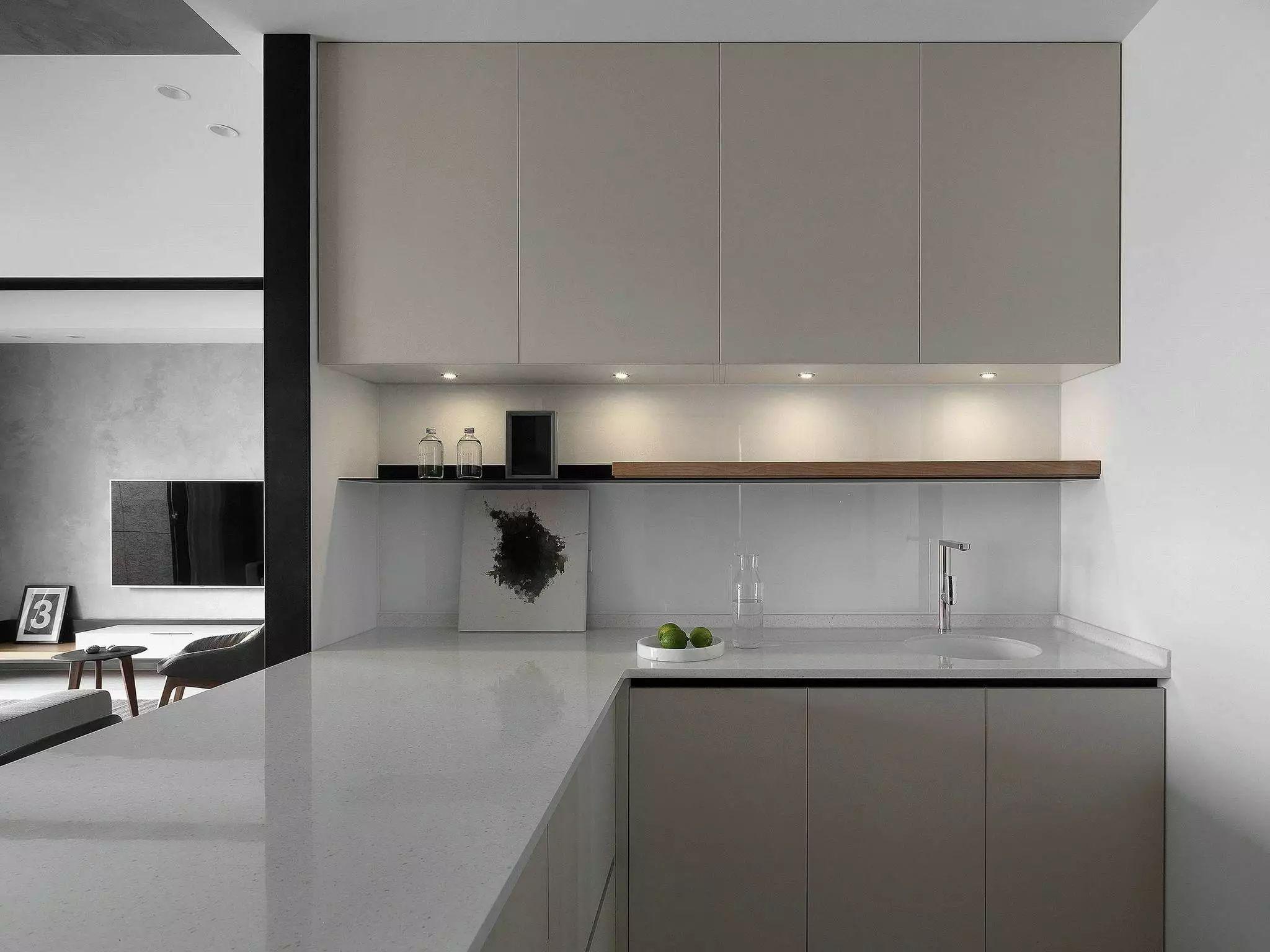 简约现代风厨房装修效果图
