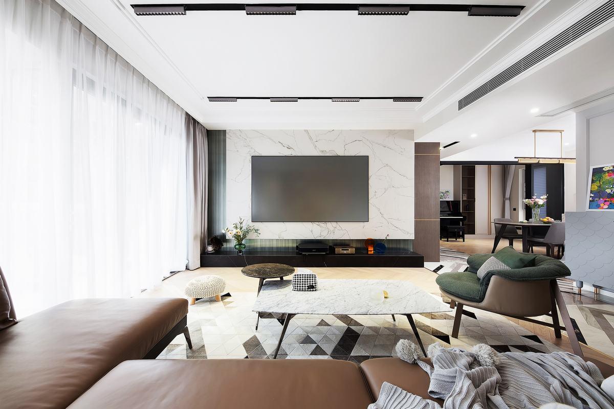 150㎡现代轻奢电视墙装修效果图