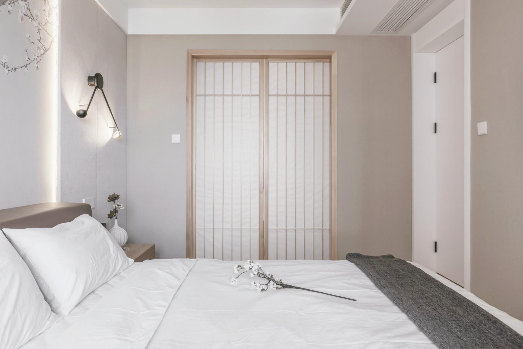 现代日式两居卧室装修效果图